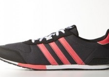 Zapatillas Adidas ZX700 be low