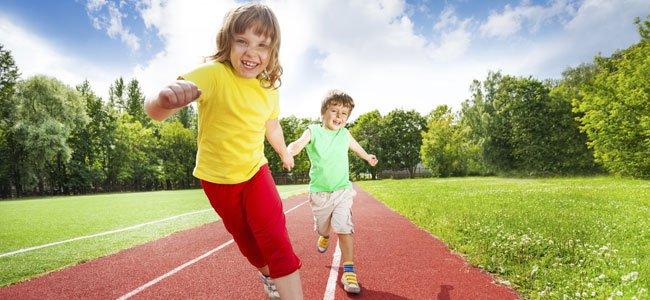 ninos-corren-atletismo-p