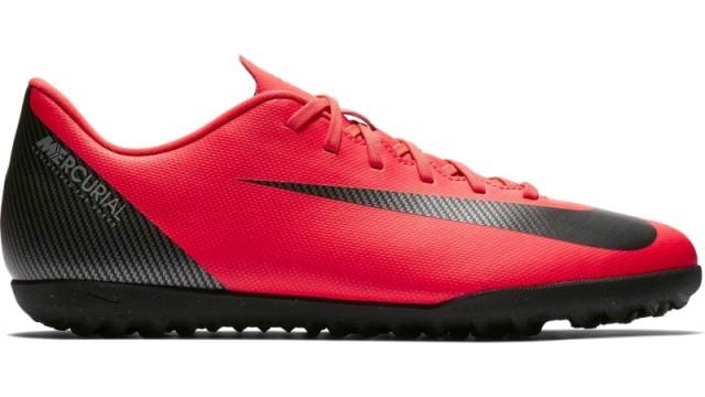 Zapatillas Nike Mercurial VaporX 12 CR7, control y comodidad sobre la pista