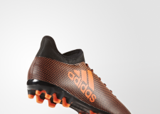 Botas de fútbol Adidas X 17.3, agarre y velocidad sobre el césped