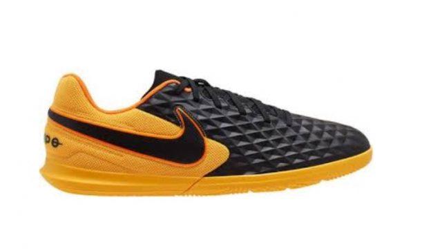 Zapatillas Nike Legend de fútbol sala: Tracción multidireccional para lucirte