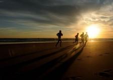 ¿Cómo estructurar nuestra rutina de entrenamiento en la playa?